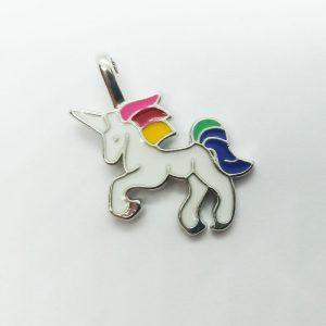 Extra függő állat unikornis színes fém charm
