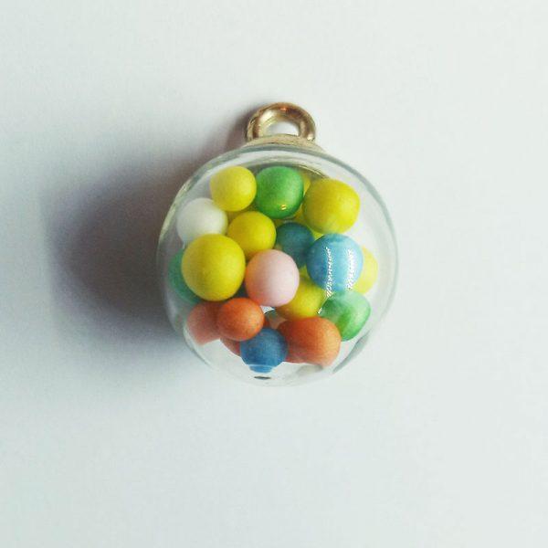 Extra függő színes cukorkás gömb charm fityegő