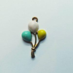 Extra függő színes lufik charm fityegő