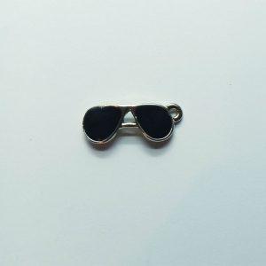Extra függő napszemüveg charm fityegő