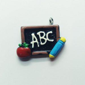 Extra függő charm fityegő iskola ABC tábla