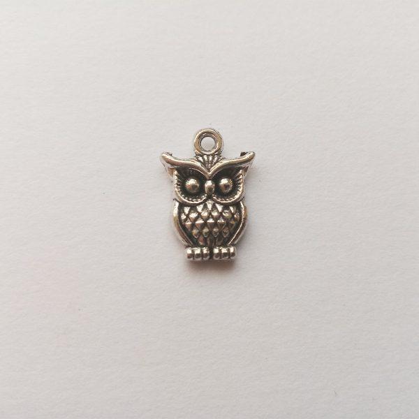 Fém függő charm fityegő ezüst színű állat bagoly bölcs