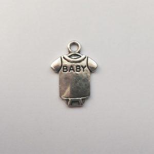Fém függő charm fityegő ezüst színű babaruha body baba babavárás