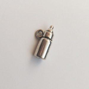 Fém függő charm fityegő ezüst színű cumisüveg baba babavárás