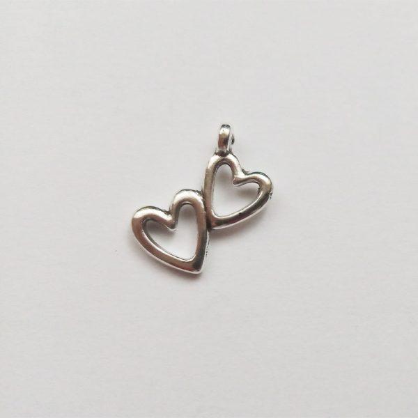 fém függő charm fityegő ezüst szív dupla páros szerelem szeretet kicsi