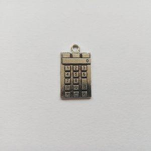 Fém függő charm fityegő ezüst színű számológép