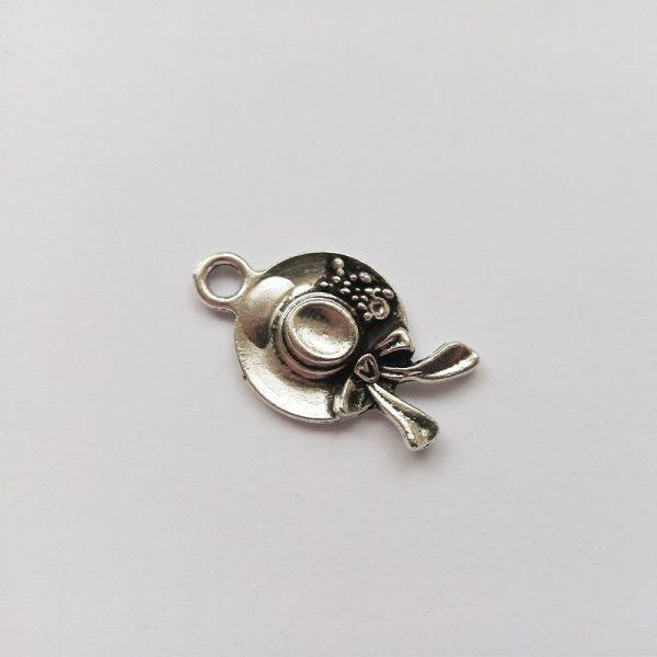 Fém függő ezüst színű kalap charm fityegő