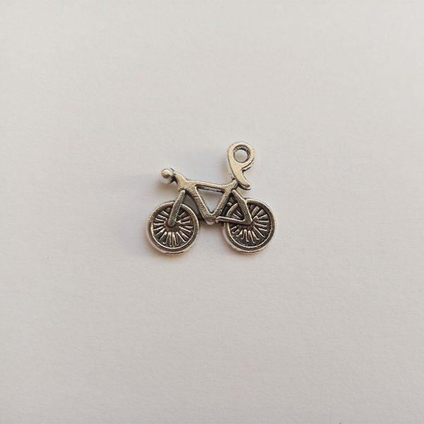 Fém függő ezüst színű kerékpár bicikli bicaj sport közlekedés jármű charm fityegő