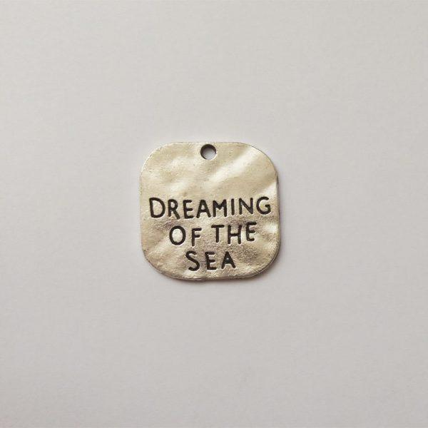 Fém függő ezüst színű tengerpart tenger dreaming of the sea strand charm nyaralás utazásfityegő