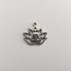 Fém függő charm fityegő lótusz ülés jóga meditálás spirituális