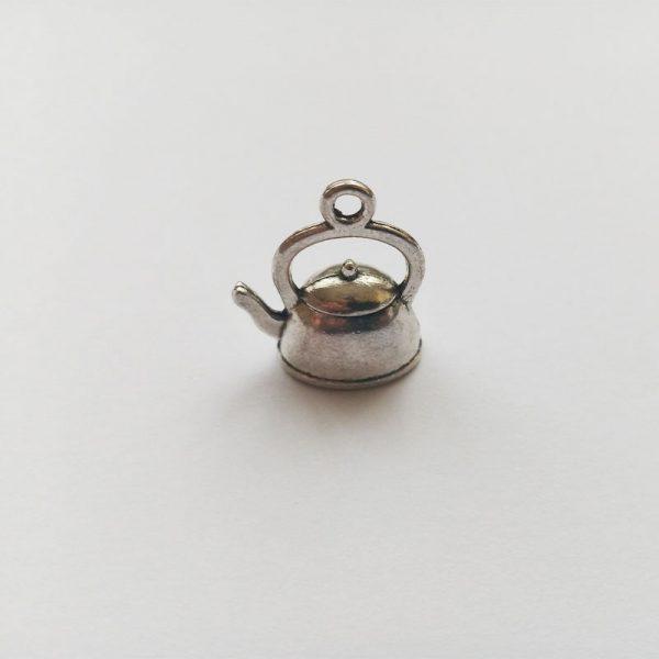 Fém függő charm fityegő ezüst színű teás kanna tea kávézó