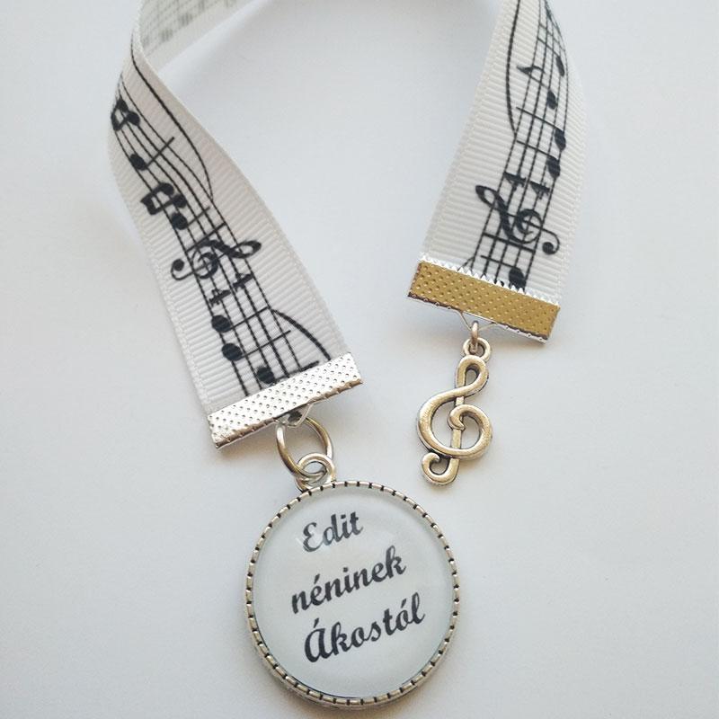Egyedi könyvjelző dallamok zene kotta violinkulcs